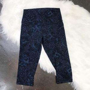Lululemon High Rise Nulux Moody Blue Pattern Crop